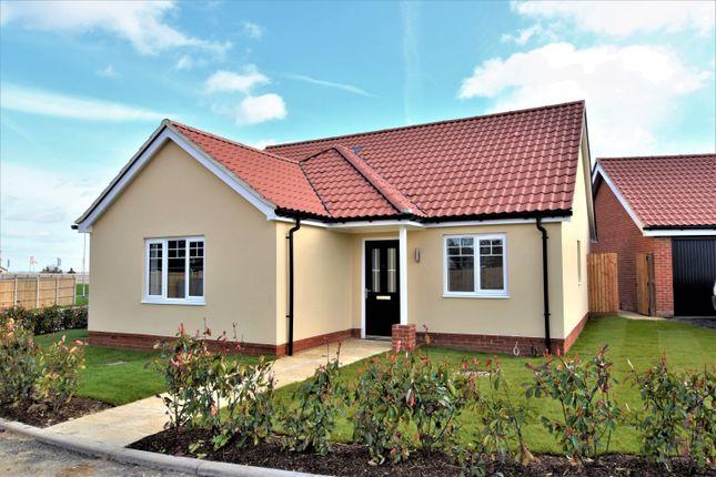3 bed detached bungalow for sale in Landermere Road, Thorpe-Le-Soken, Clacton-On-Sea CO16
