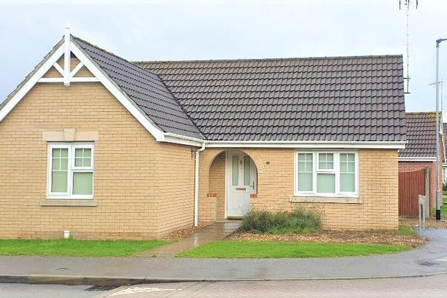 2 bed property to rent in Glendon Gardens, Leverington, Wisbech PE13