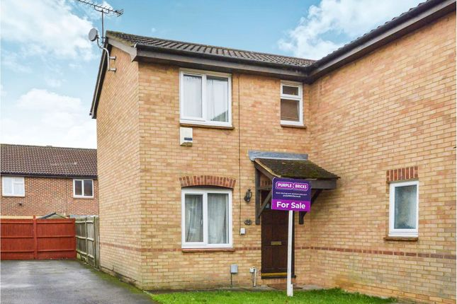Thumbnail Semi-detached house for sale in Ladyhill, Luton