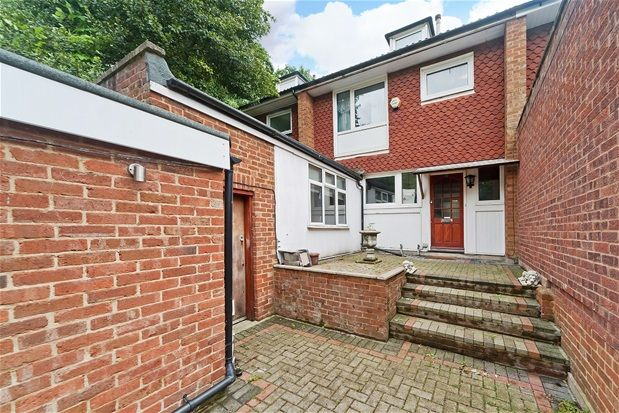 Thumbnail Terraced house for sale in Tylney Avenue, London