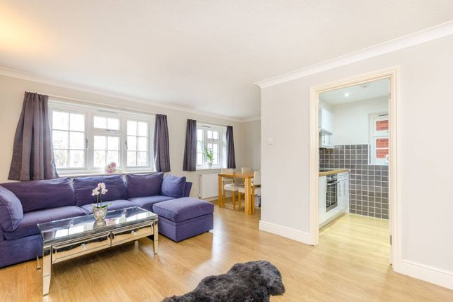 1 bed flat for sale in Chesham Mews, Guildford GU1