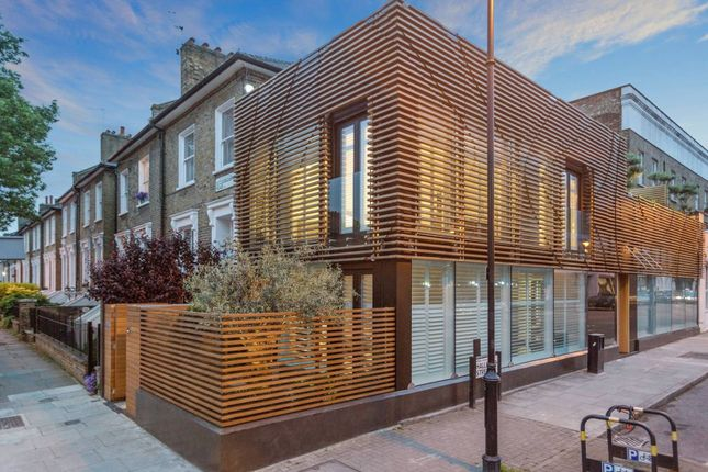 End terrace house to rent in Halliford Street, London