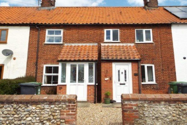 2 bed terraced house to rent in The Street, Fakenham NR21