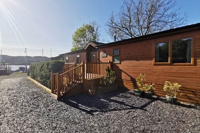 Thumbnail Lodge for sale in White Cross Bay, Windermere