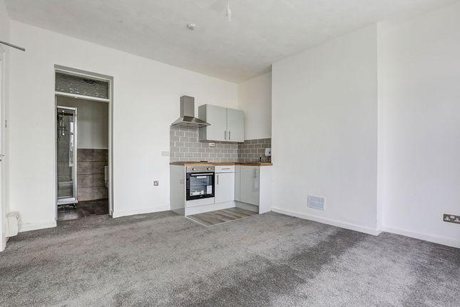 Thumbnail Flat to rent in Stonecliffe Terrace, Stalybridge