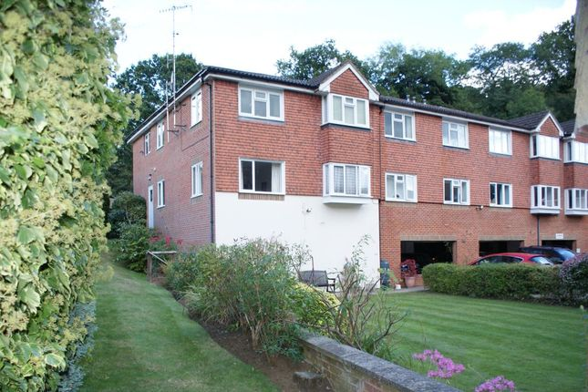 Thumbnail Flat for sale in Town End Street, Godalming