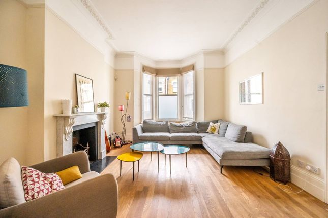 Thumbnail Property to rent in Chesilton Road, Fulham, London