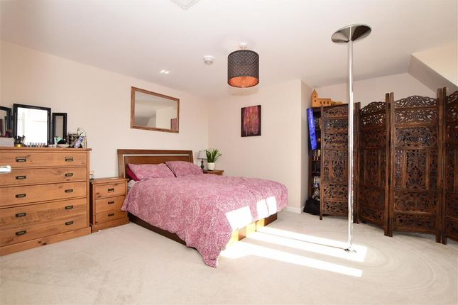 Bedroom of Repton Avenue, Ashford, Kent TN23