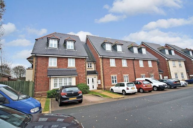 Thumbnail Flat for sale in Coppice Road, Walsall, West Midlands