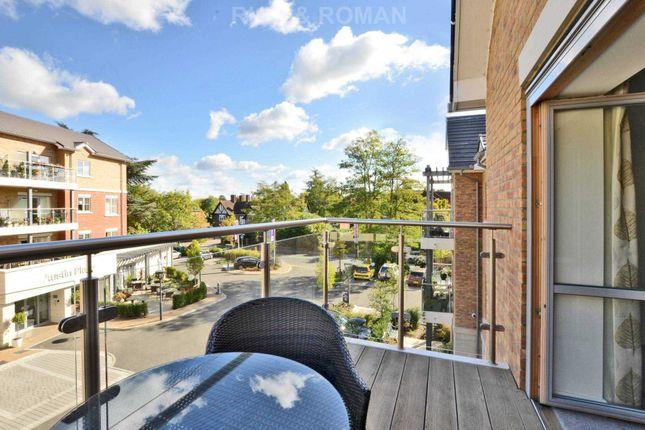 Thumbnail Flat to rent in Oatlands Drive, Weybridge