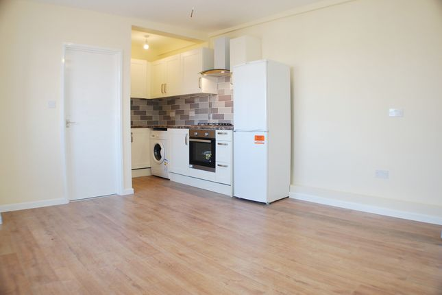 Thumbnail Flat to rent in New Broadway, Uxbridge Road, Uxbridge, Middlesex