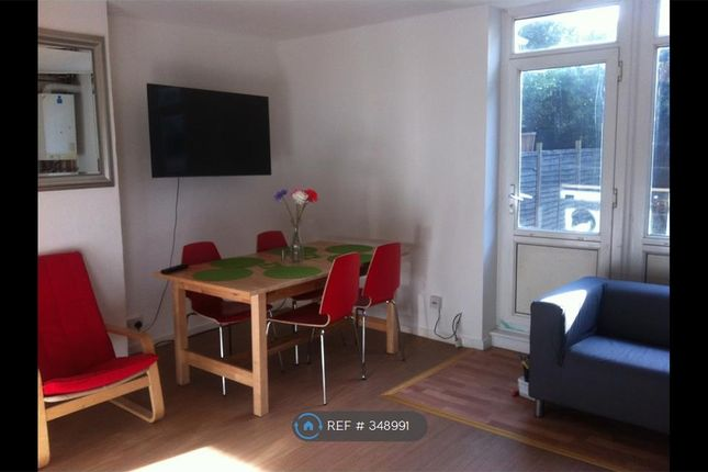 Thumbnail Flat to rent in Wickford Street, London