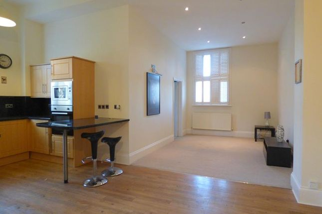 Photo 2 of Hatley Court, Flat 14, 81 Albert Road South, Malvern, Worcestershire WR14