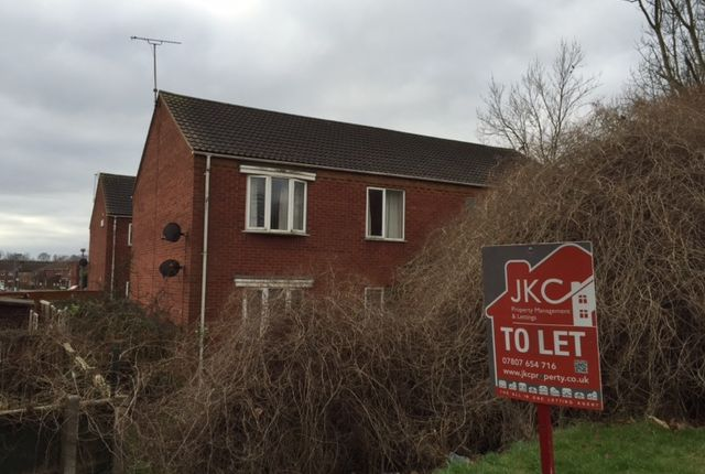 Thumbnail Flat to rent in Ashbourne Court, Scunthorpe