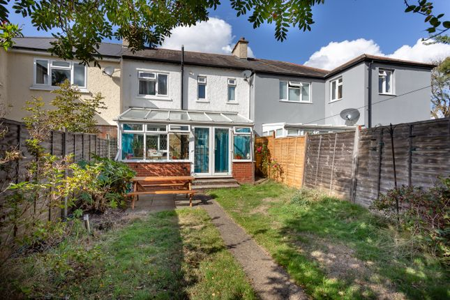 Thumbnail Terraced house for sale in Limes Walk, London