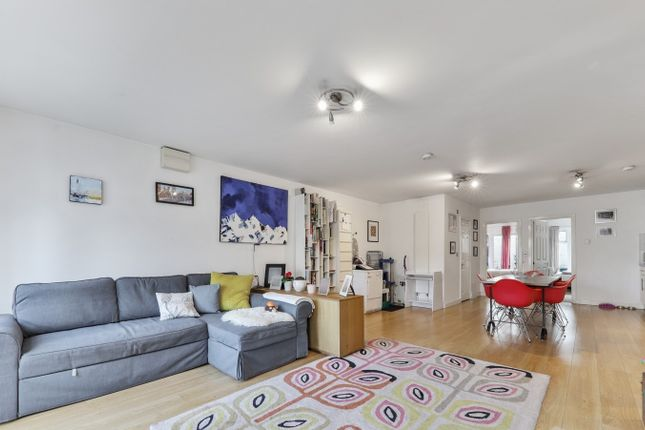 Thumbnail Flat to rent in Haringey Park, London