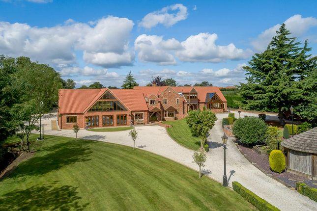 Thumbnail Detached house for sale in Beckingham Road, Walkeringham, Doncaster