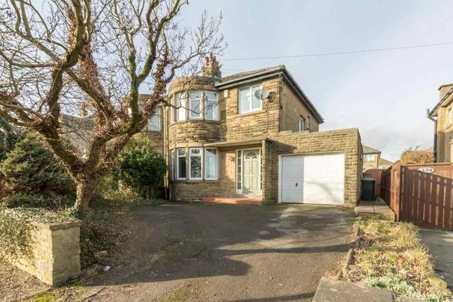 3 bedroom semi-detached house for sale in Highgate Road, Queensbury, Bradford
