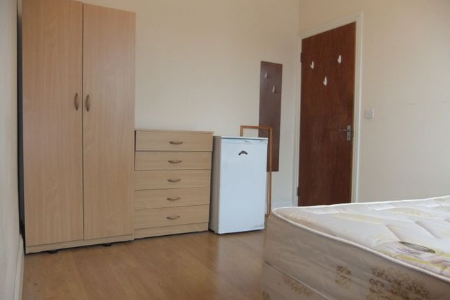 Thumbnail Room to rent in Brampton Road, Turnpike Lane Haringey