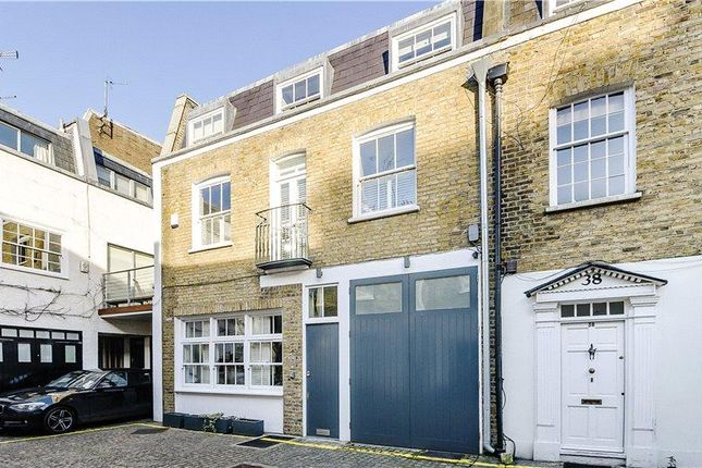 Thumbnail Property for sale in Queen's Gate Mews, London