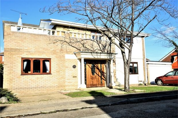 Thumbnail Detached house for sale in Newlands Road, Canvey Island, Essex