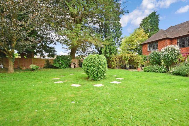 3 bed flat for sale in Horsham Road, Cranleigh, Surrey GU6