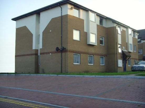 Thumbnail Flat to rent in Milliners Way, Luton