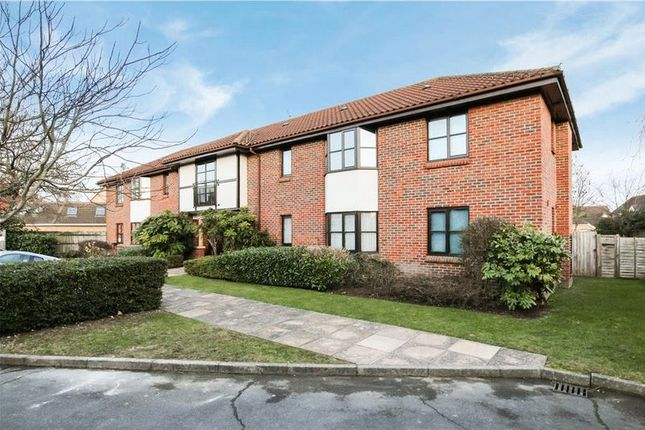 Thumbnail Flat for sale in Flat 26, St Stephens Court