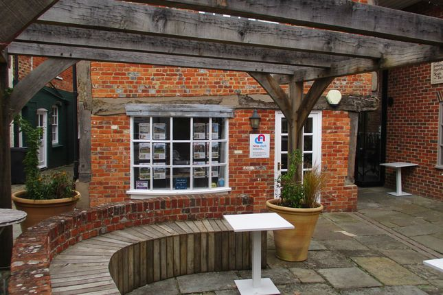 Thumbnail Retail premises to let in High Street, Hungerford