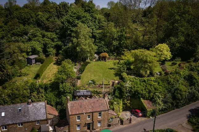 Thumbnail Cottage for sale in Ham Hill, Stoke-Sub-Hamdon