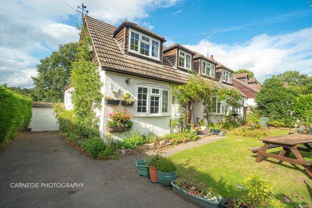 Thumbnail Detached house for sale in Chestnut Walk, Welwyn