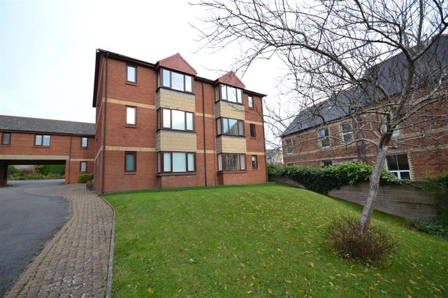 Thumbnail Flat to rent in Highfield Close, Park Road, Barry