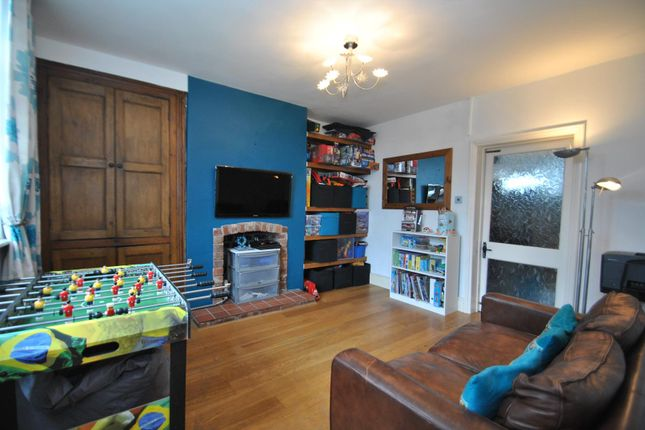 Family Room of Windmill Lane, Preston On The Hill, Warrington WA4