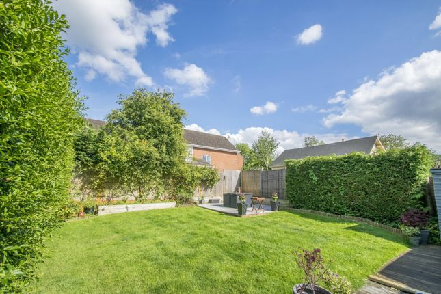 Garden of Hagbourne Close, Woodcote, Reading RG8