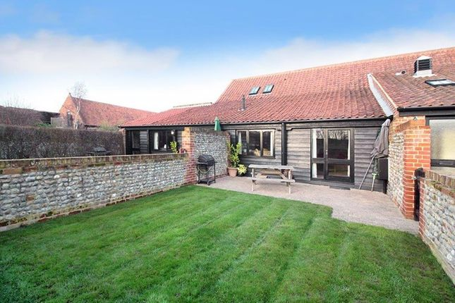 2 bed barn conversion for sale in Happisburgh, Norwich