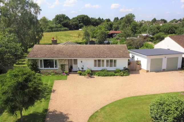 3 bed bungalow for sale in Bicester Hill, Evenley, Northants NN13