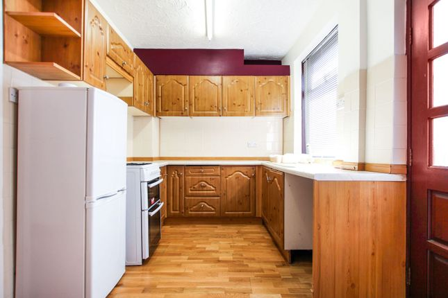 Kitchen of Wood Lane, Rothwell LS26