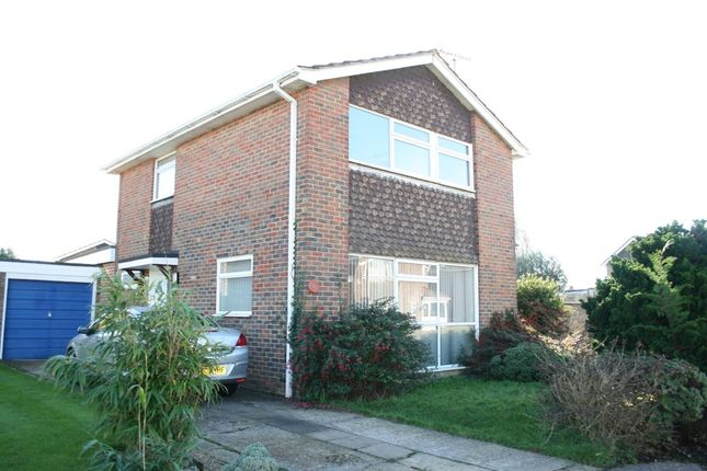 Thumbnail Detached house to rent in Kithurst Close, Goring, Worthing