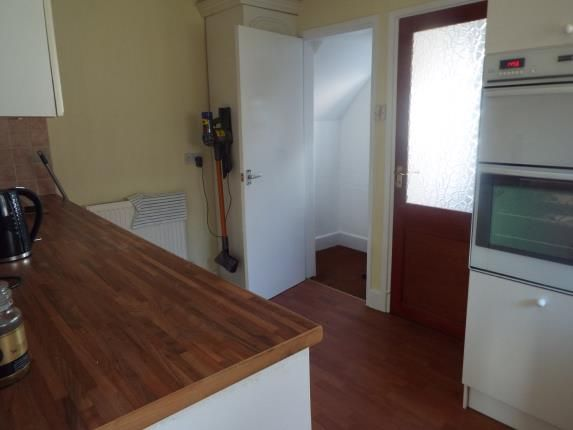 Kitchen of Barwell Drive, Strelley, Nottingham NG8