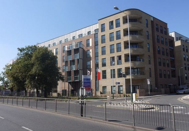 2 bed flat to rent essex road