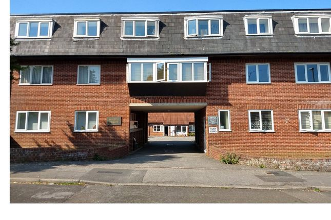 Studio to rent in Russell Court, Louise Road, Dorchester, Dorset DT1