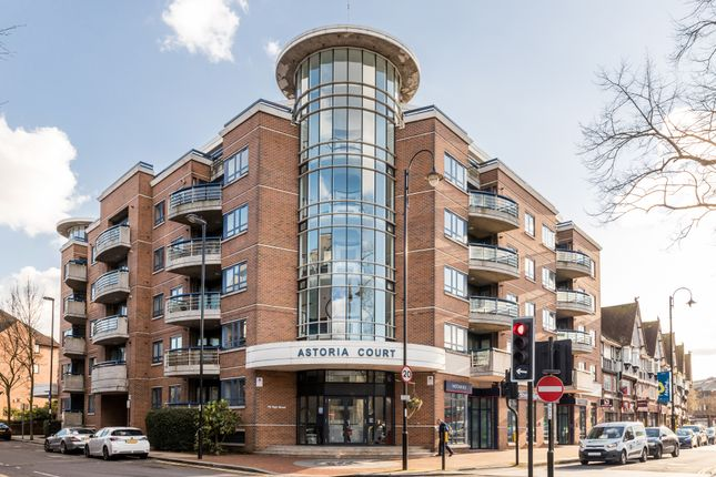 Flat for sale in High Street, Purley
