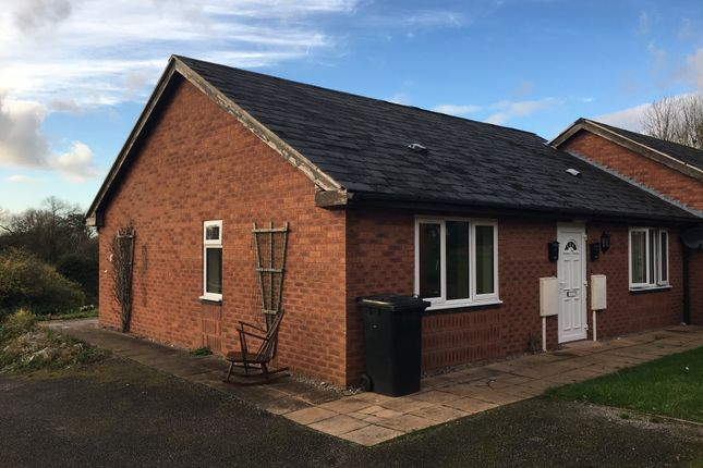 Thumbnail Semi-detached bungalow to rent in Tynefield Mews, Etwall, Derbys.