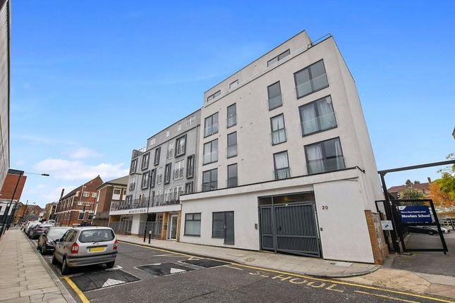 Thumbnail Flat to rent in Mowlem Street, Bethnal Green