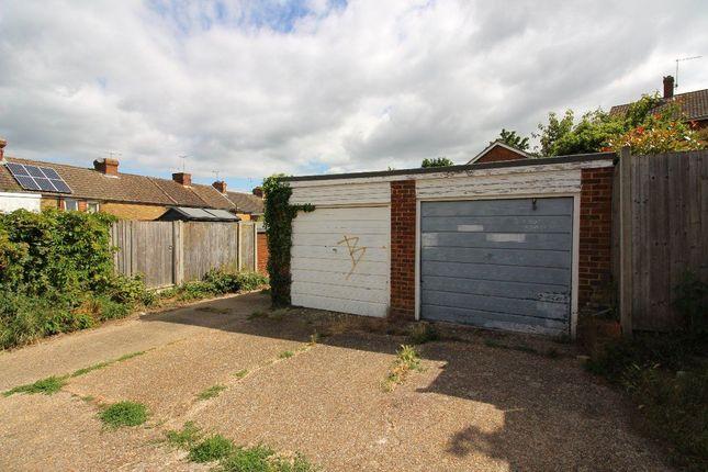 Parking/garage to rent in Lime Kiln Road, Canterbury