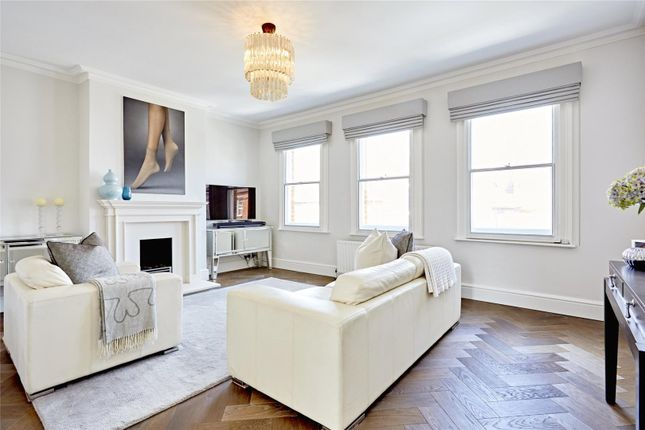 Thumbnail Flat for sale in New Kings Road, Parsons Green, Fulham, London