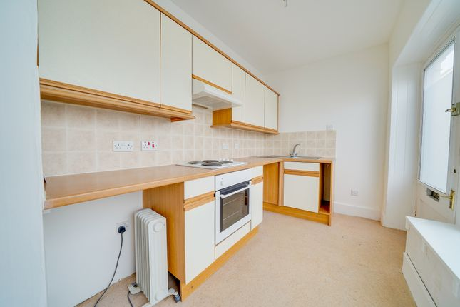 Thumbnail Flat to rent in London Road, Royston