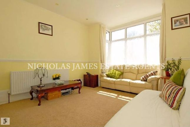 Thumbnail Flat to rent in Springfield Road, Arnos Grove, London