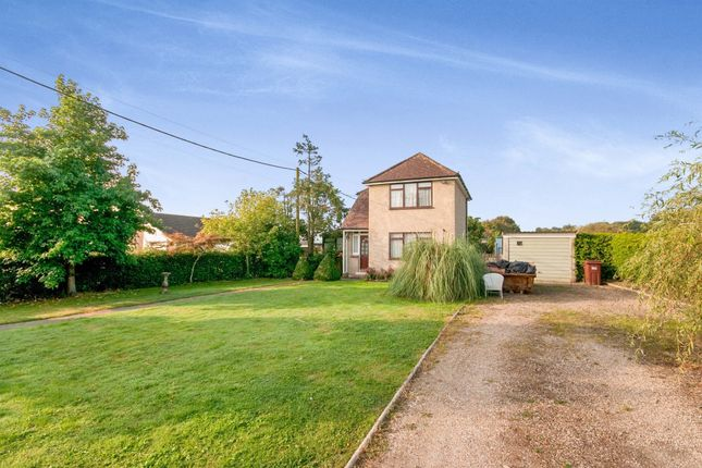 2 bed detached house for sale in Harebeating Lane, Hailsham BN27