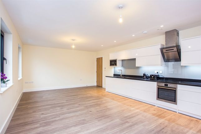 Thumbnail Flat for sale in Tunstall Court, Northcote Avenue, Ealing